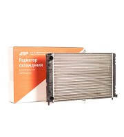 Радиатор охлаждения ДЗР ВАЗ 21082 (инжектор)