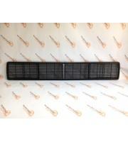 Сплошная решетка радиатора 2106