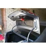 Обшивка крышки багажника со знаком аварийной остановки для Лада Веста